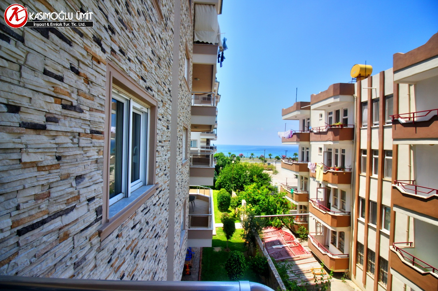 2 Rooms Furnished Apartment For Sale in Alanya 009
